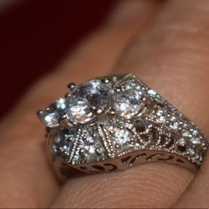 Beautiful sterling silver 925 engagement ring